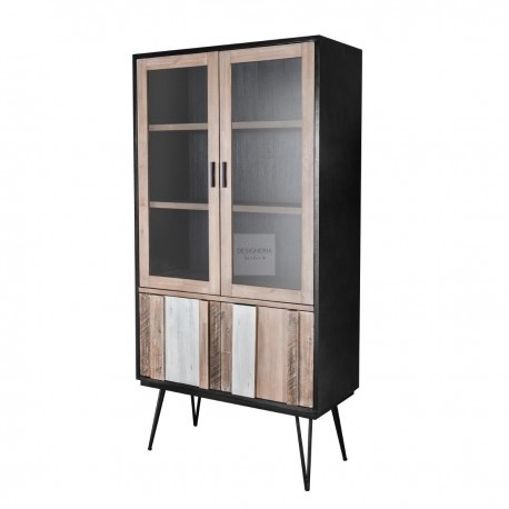 ADESSO display case